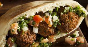 Orta Doğu'nun fast foodu falafel sandviçi nasıl yapılır?