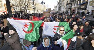 Milyonlarca Cezayirli iktidar karşıtı gösterilerine devam ediyor