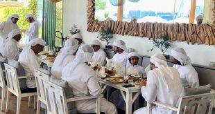 BAE sahilindeki Yunan lezzetleri, Şeyh Hamdan'ın onayından geçti