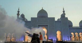 Abu Dabi Şeyh Zayed Ulu Camii'nde Ramazan ayının ilk günü