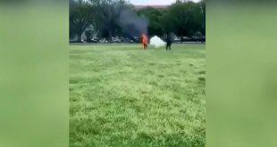 Beyaz Saray önünde kendini ateşe veren kişi öldü