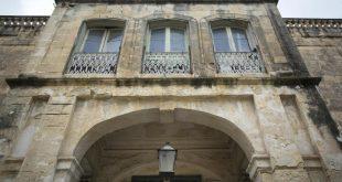 Malta'da Kraliçe'den satılık villa