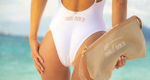 Jennifer Lopez, Nikki Beach Vix Paula Hermanny mayosu ile  Nikki Beach'te görüldü
