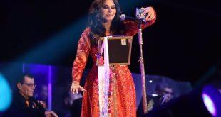 BAE'nin ünlü şarkıcısı Ahlam, Ukaz Festivali'nde konser verdi