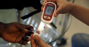 Suudi Arabistanlı genç yenilikçi şirket, GITEX'te diyabet hastaları için acısız glikoz testini özetliyor