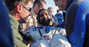 Müslüman astronot Hazza Al-Mansoori, uzaydan Dünya'ya döndü