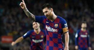 Pele rekoruna ortak olan Messi'yi kutladı