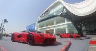 Ferrari'nin en büyük showroomlarından biri Dubai'de açıldı