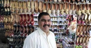 Dubai'nin kalbindeki ayakkabıcı