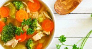 Kış aylarının şifalı yemeği: Sebzeli tavuk çorbası