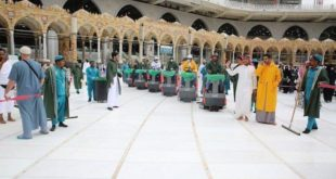 Suudi Arabistan: Kabe günde 4 kez temizleniyor