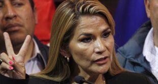 ABD'de vakalar artmaya devam ederken, Bolivya geçici Devlet Başkanı koronavirüse yakalandı