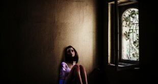 Suriyeli aileler koronavirüs krizinde, reşit olmayan kızlarını para karşılığı evlendiriyor