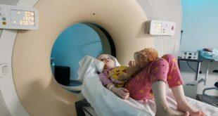 Doktorların numara yapmakla suçladığı küçük kız nadir görülen bir kanser türüne yakalandı