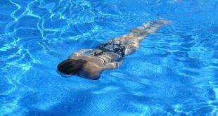 Cambridge'li araştırmacılar, soğuk suda yüzmenin bunamayı geciktirebileceğini keşfetti