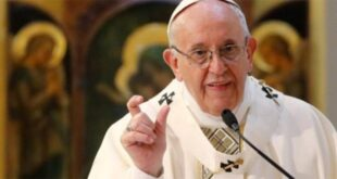 Papa Francis risklere rağmen 'barış mesajı vermek için' Irak'a ziyarette kararlı
