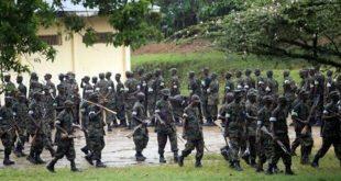 Somali ordusu 3 Şebab militanını kurşuna dizerek infaz etti