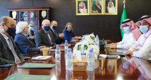 Suudi Arabistan'ın Yemen Büyükelçisi BM ve ABD elçileriyle görüştü